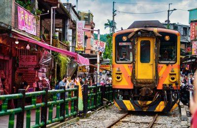 Shifen Train